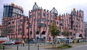 Plaza SVE en Magdeburg (Alemania) sobre cultura de Europa del Este