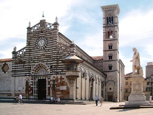 4 plazas SVE en Prato, Italia