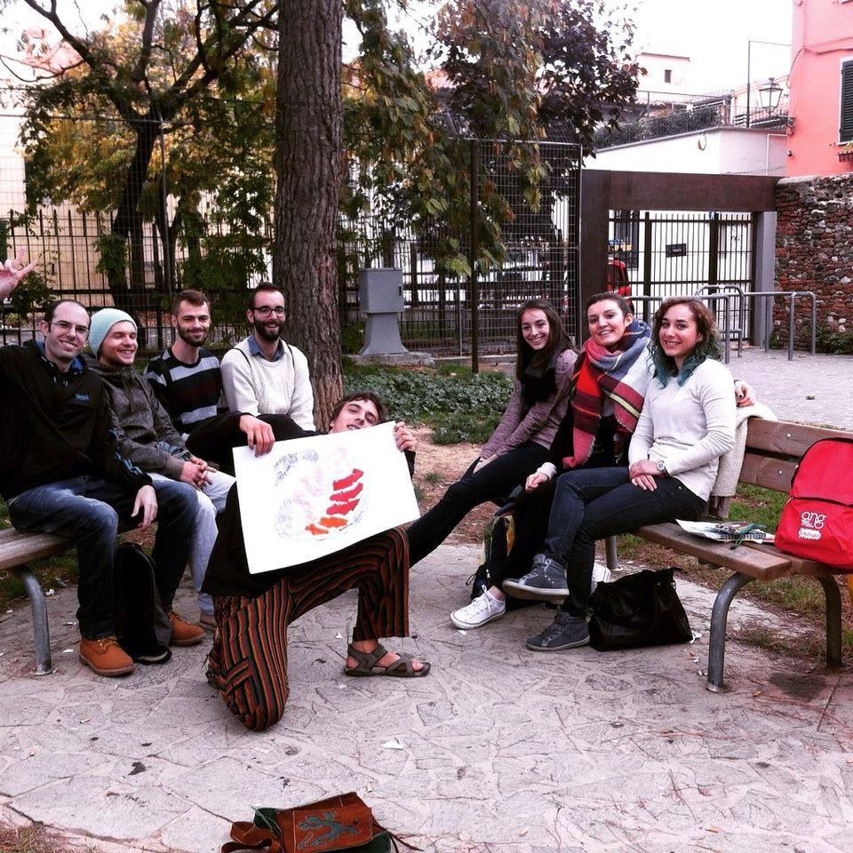 Miguel Ángel en voluntariado ambiental en Prato (Italia)