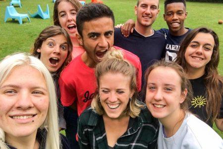 Becas Erasmus de cursos e intercambios