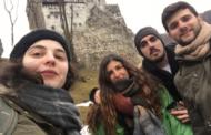 Juan y Felisa en su voluntariado en Rumanía