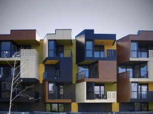 Tetris apartments, del estudio OFIS arhitekti