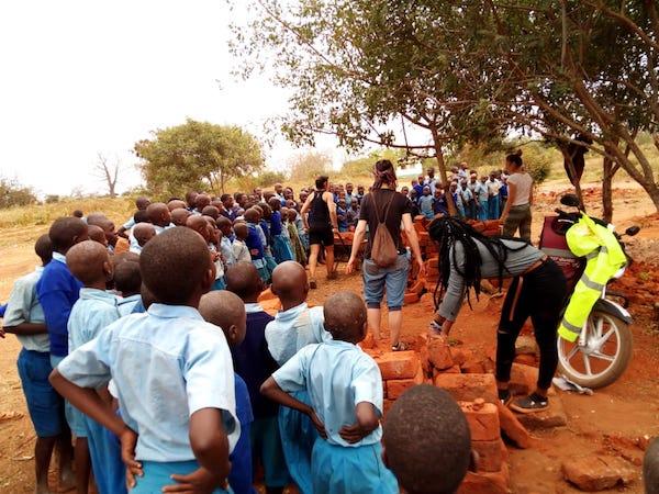 voluntariado kenya clases con niños