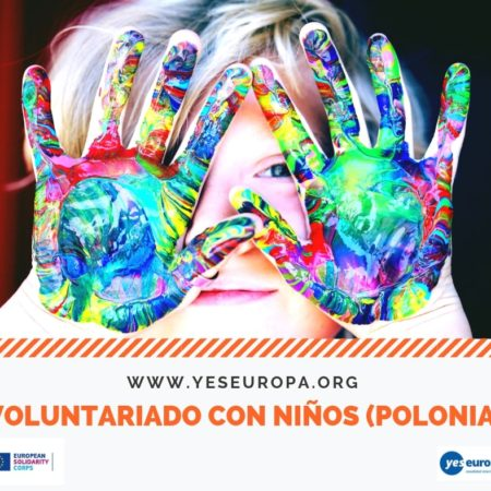 Voluntariado con niños en escuelas (Polonia)